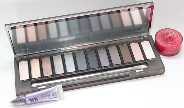 Naked-palette-open