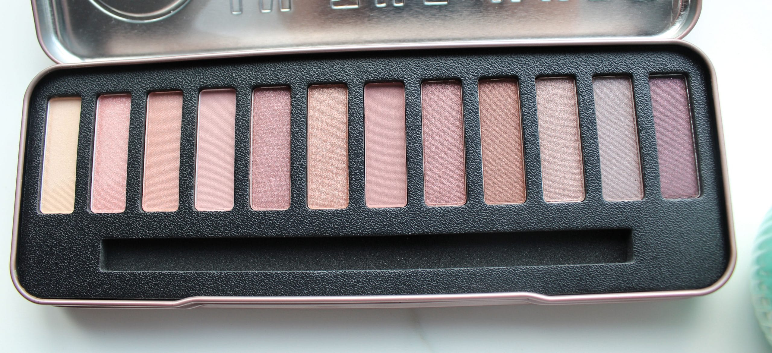 In-the-nude-palette-W7.jpg