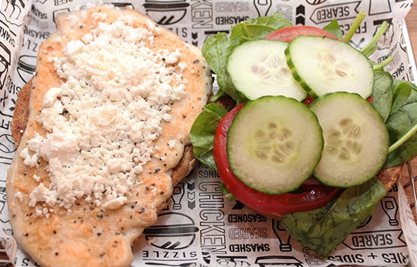 smashburger-spinach-and-goats-cheese