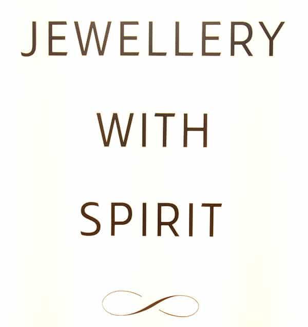 scarlett-jewellery-light