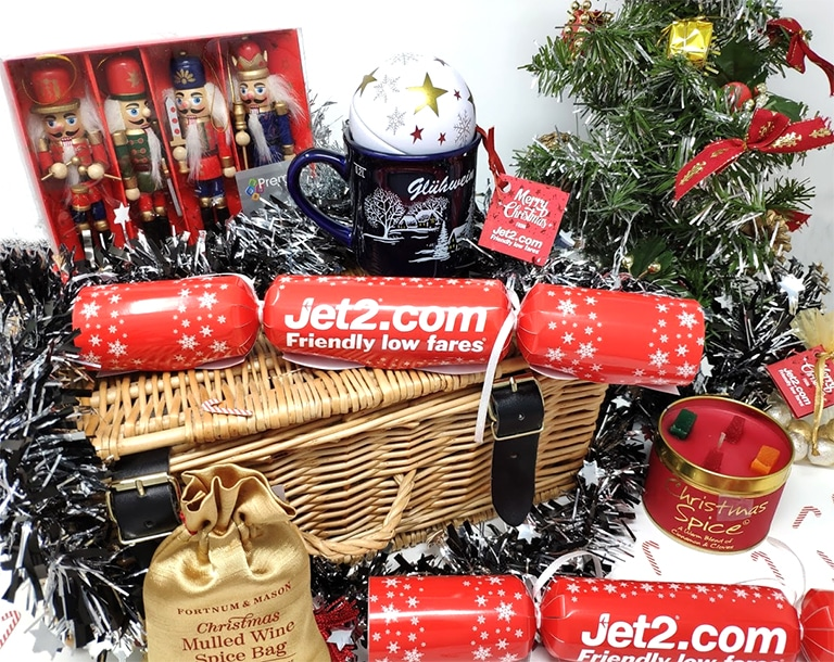 a very festive hamper from jet2holidays golly miss holly. Black Bedroom Furniture Sets. Home Design Ideas